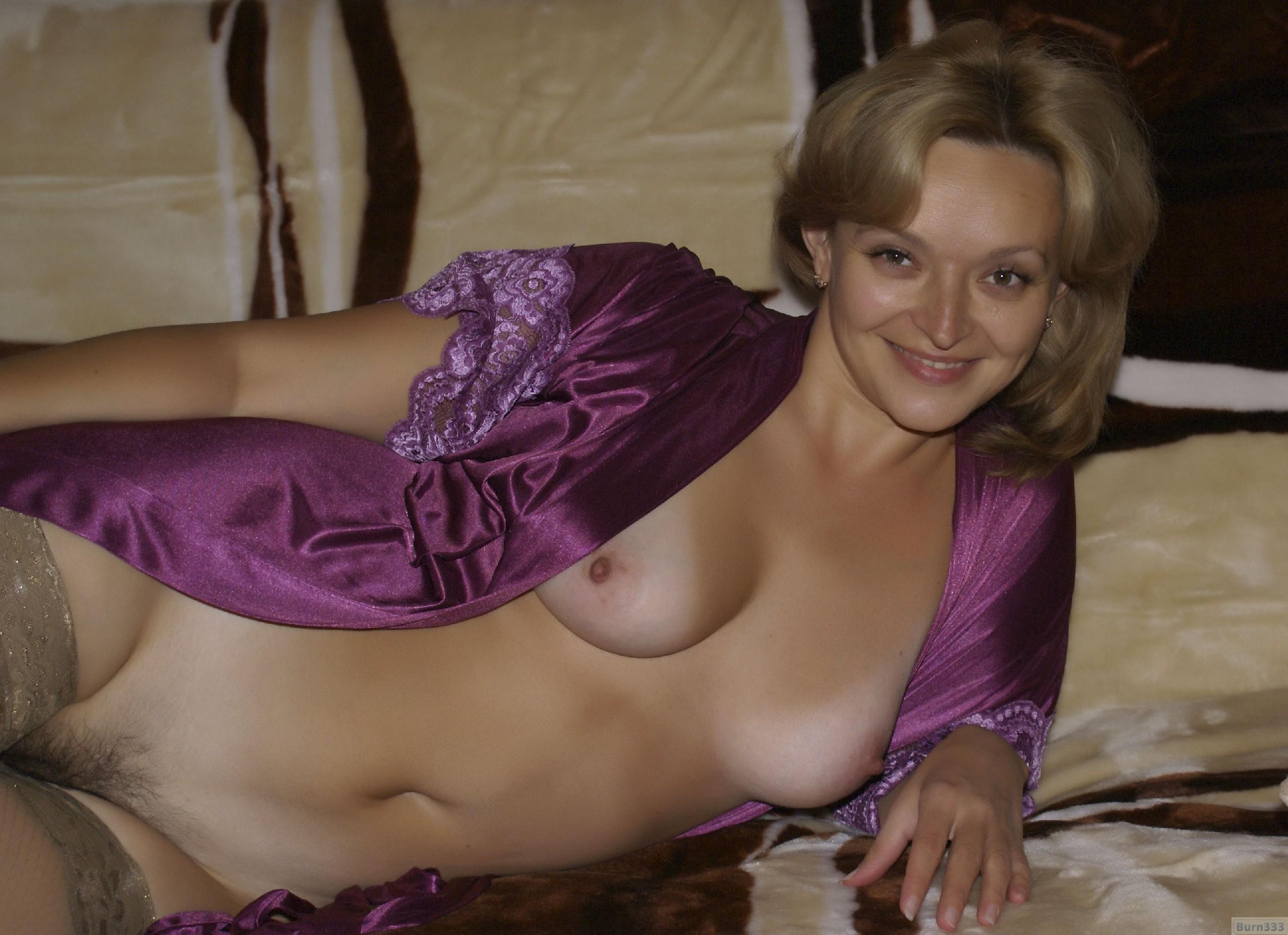 что, посмотрев зрелая женщина в халате порно всего