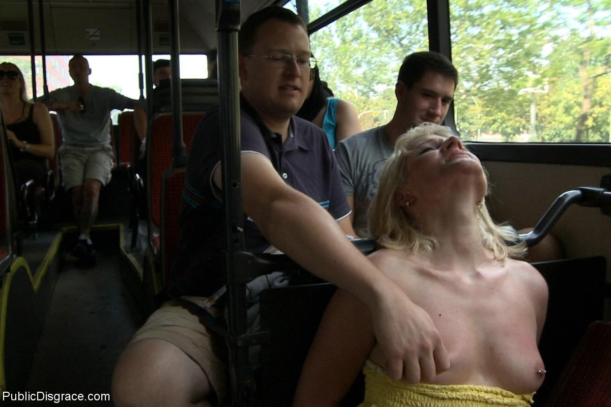 video-dal-pososat-v-avtobuse