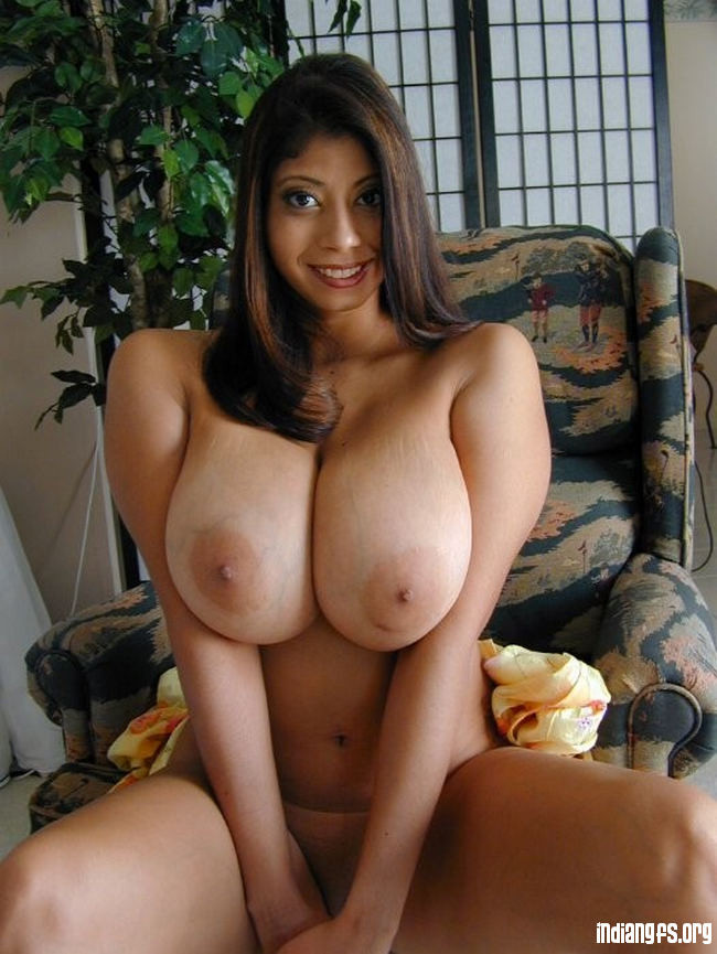 Most Beautiful Black Indian Girl With Big Boobs