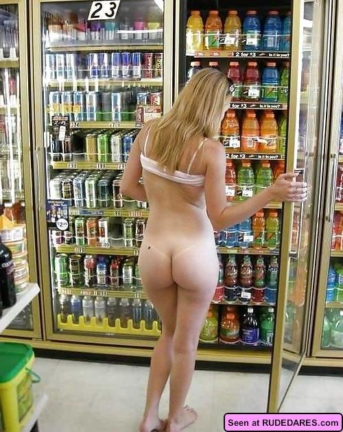 Chubby nudist shopping