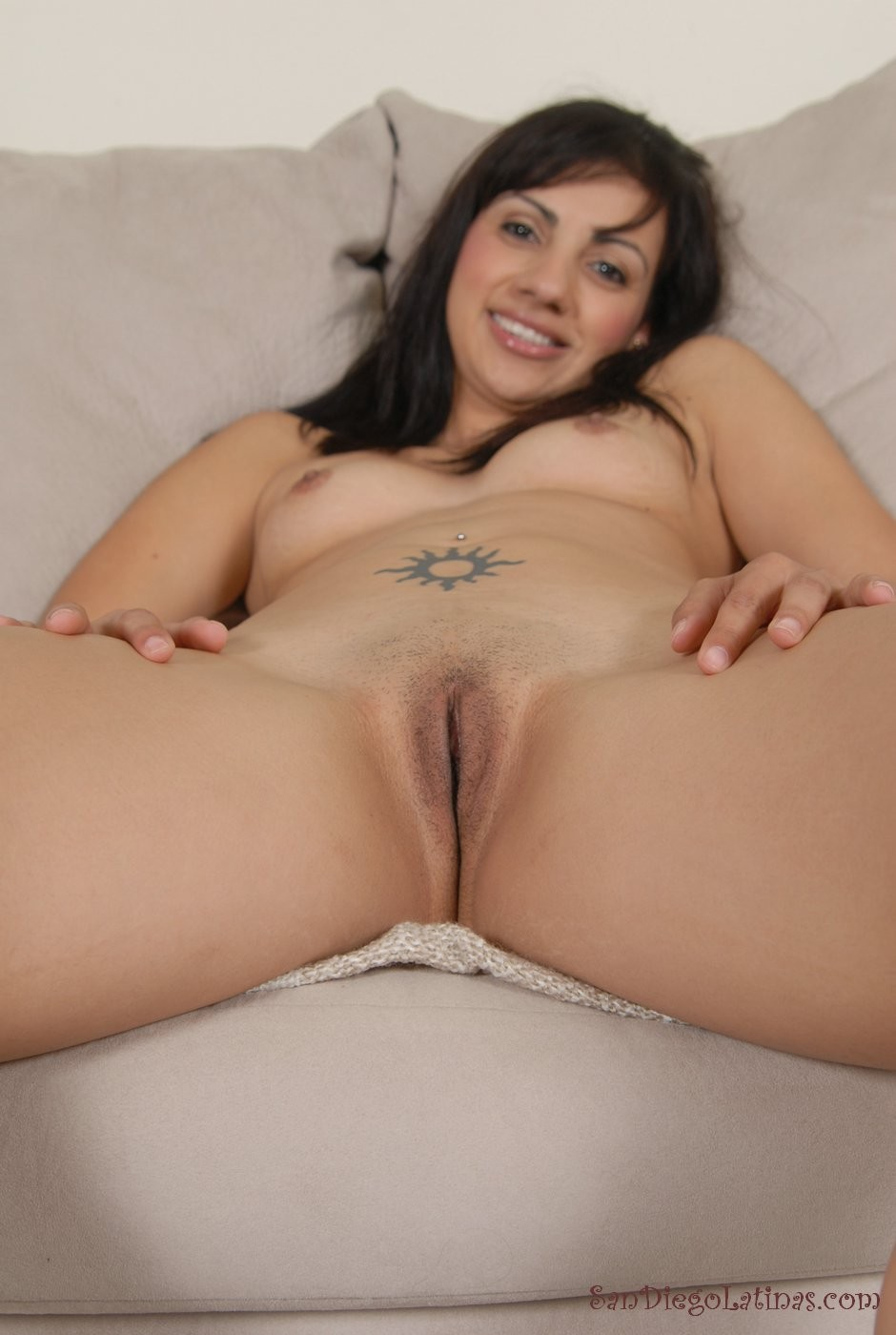 mexican-girls-naked-with-shaved-pussy-hot-cheerleader-fucks-big-dick