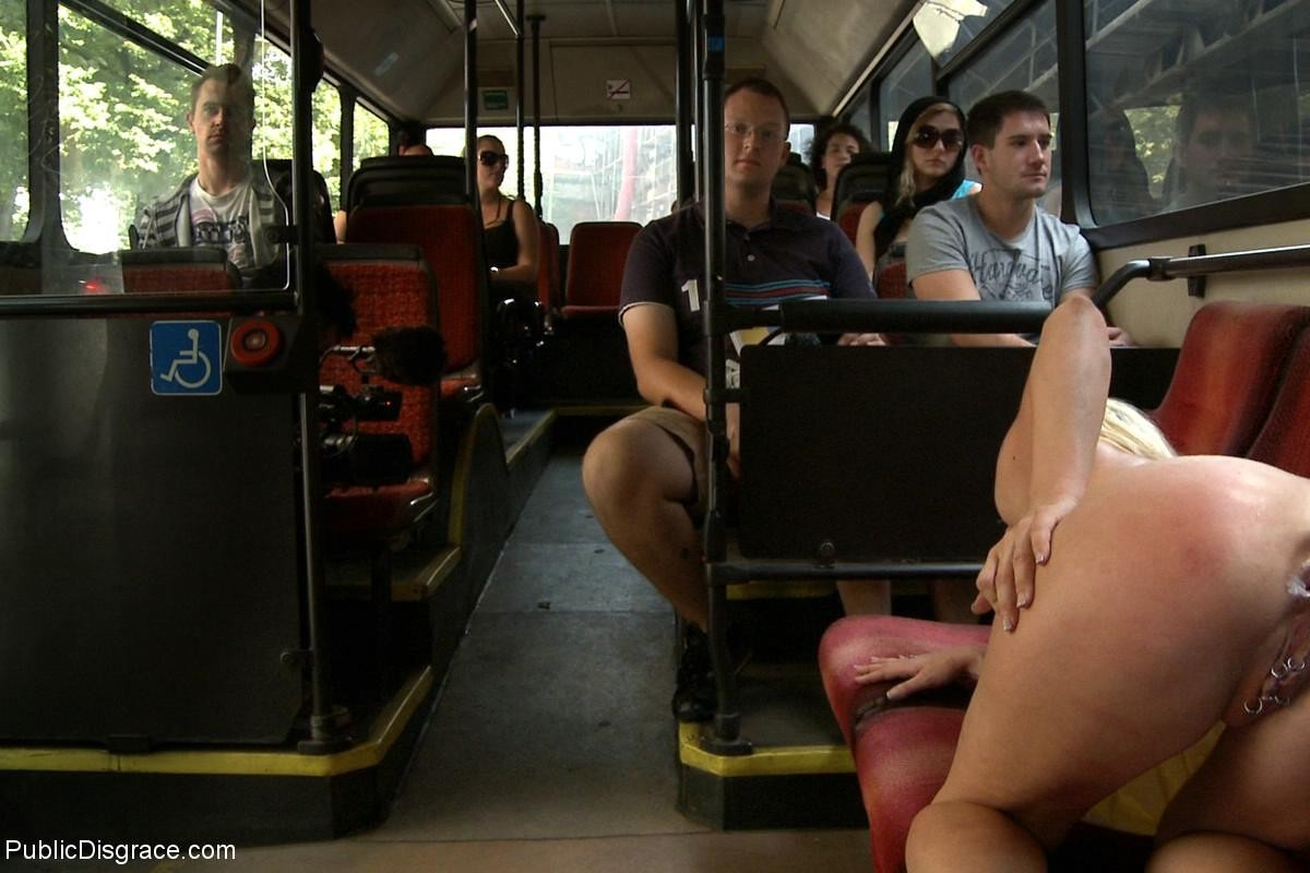 girls-doing-porn-on-bus-download-free-amateur-videos
