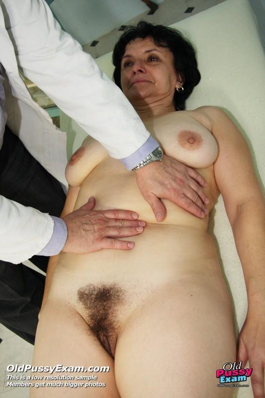 фото волосатая пизда у гинеколога - 2
