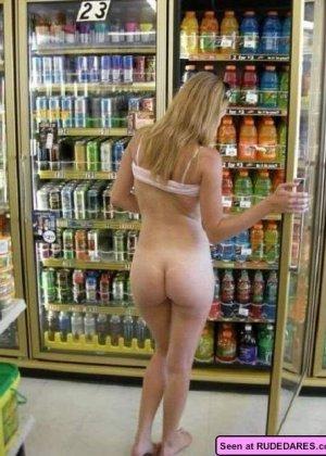Красивые голые девушки на любой вкус: бритые пезды рыженьких и сочные сиськи брюнеток