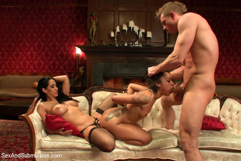 free-porn-video-ffm-bondage