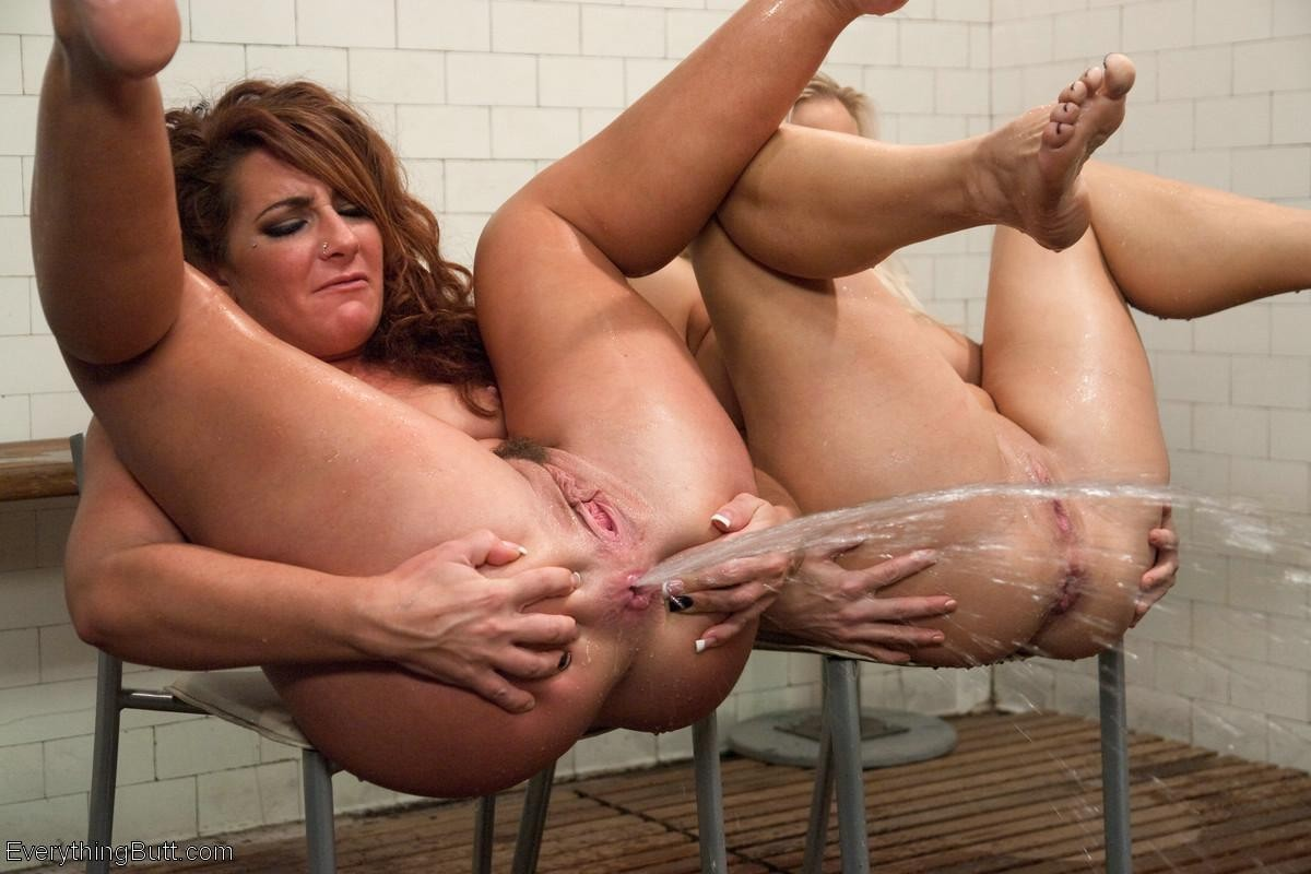 adult-mature-squirting