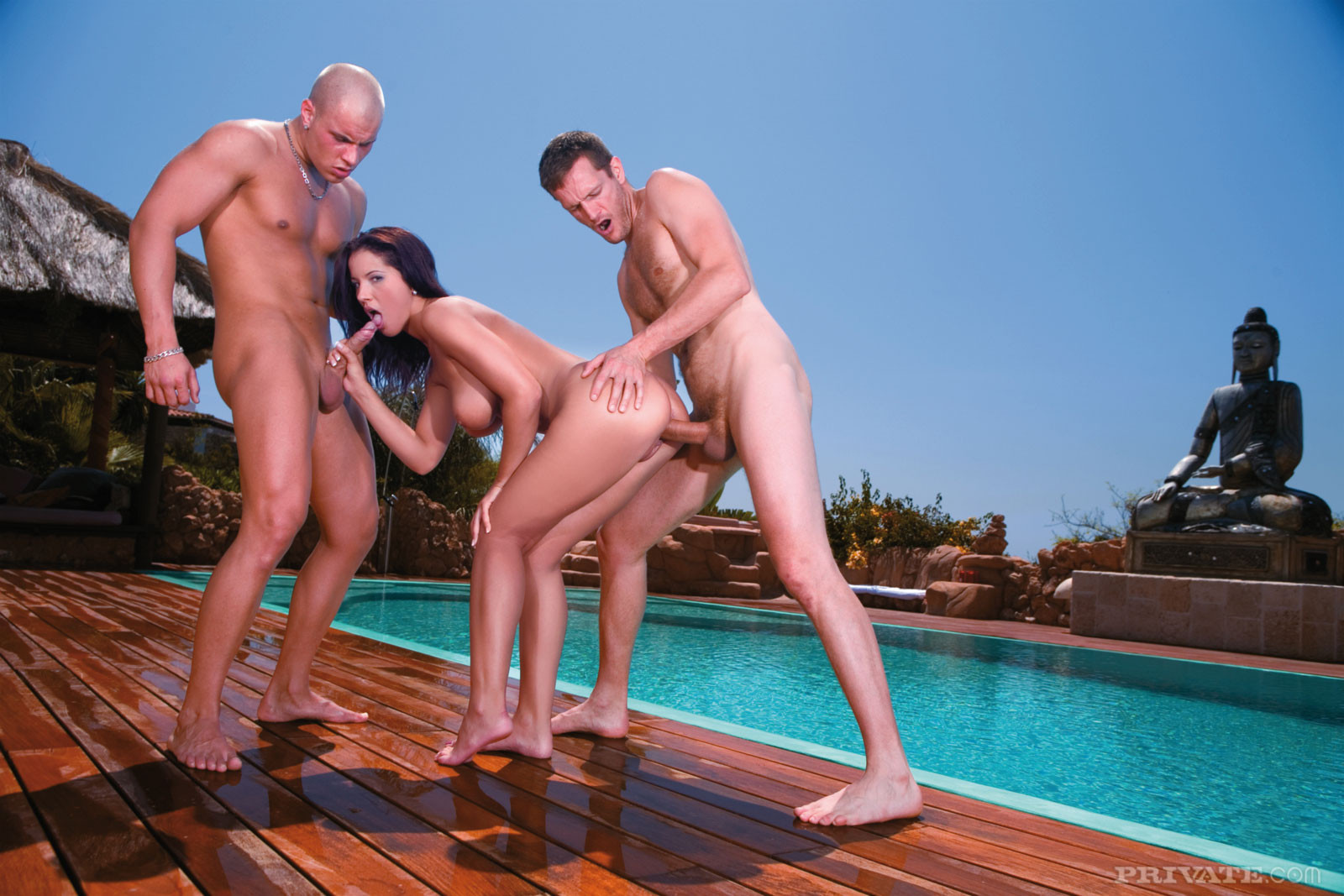 мужчины бассейне групповуха фото ххх так