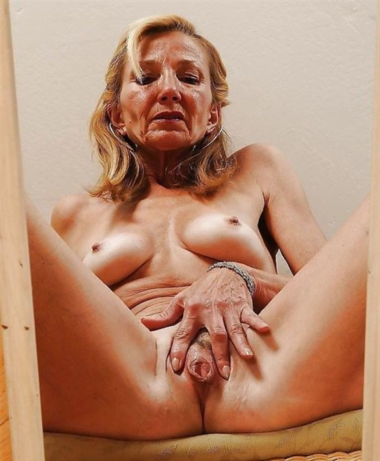 naked-old-lady-vaginas