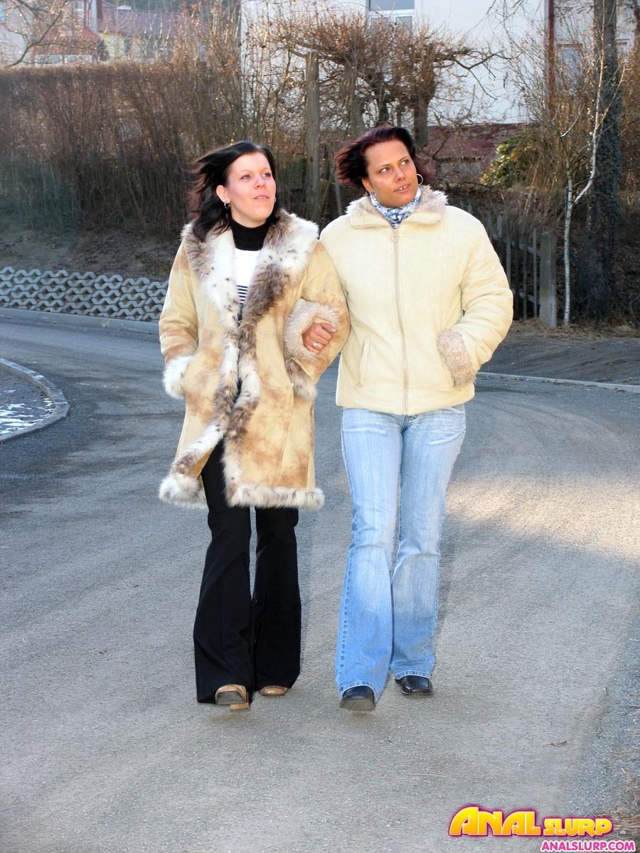 Жена привела в семью молодую полнушку для анала