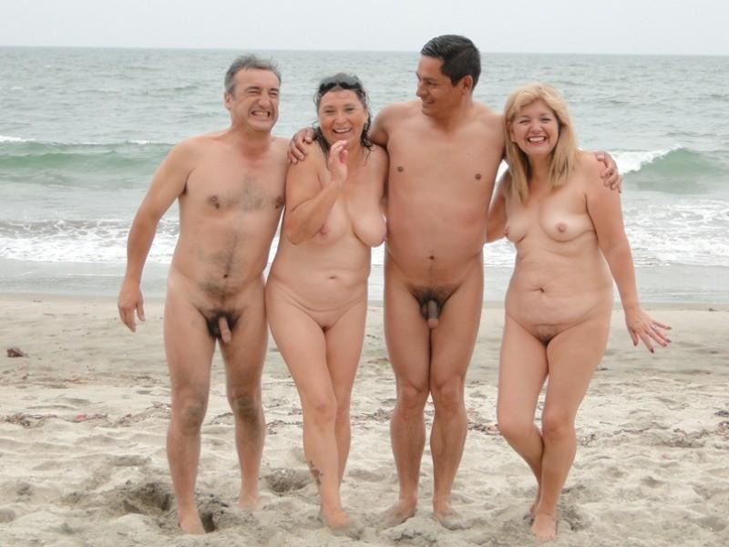рулит муж с женой голые на пляже выпердеть