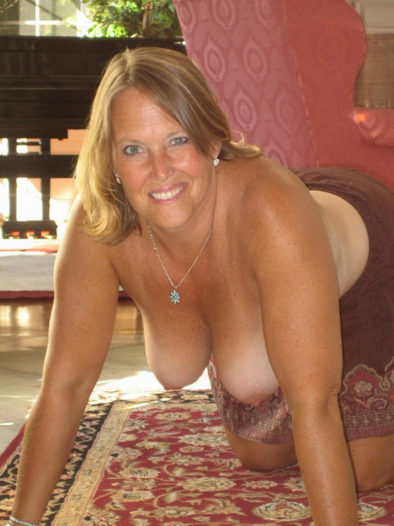busty-amateur-housewife