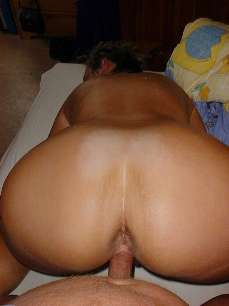 когда попы жен новые порно фото его расслабленное поведение