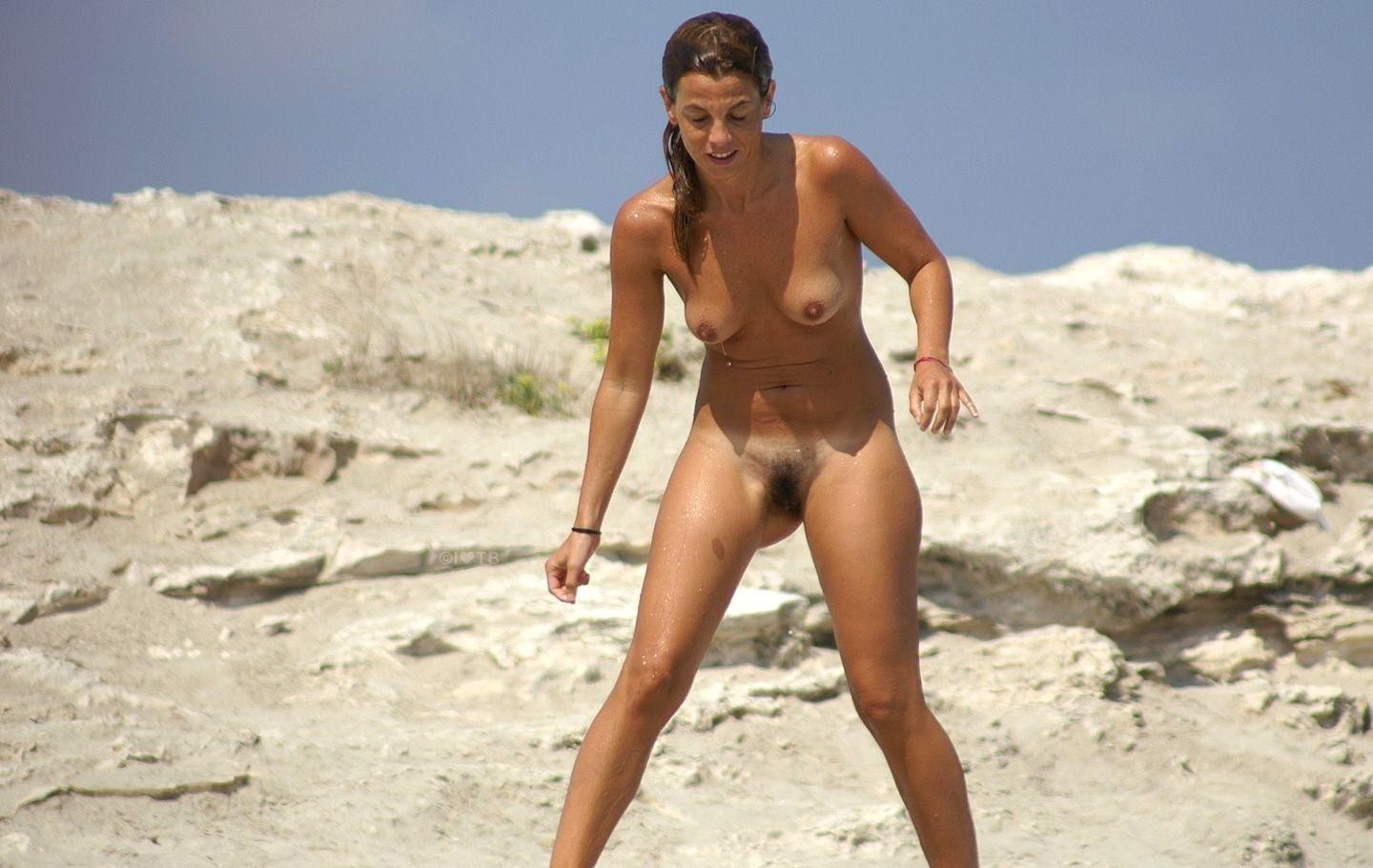 Porn in the beach and the bush #2
