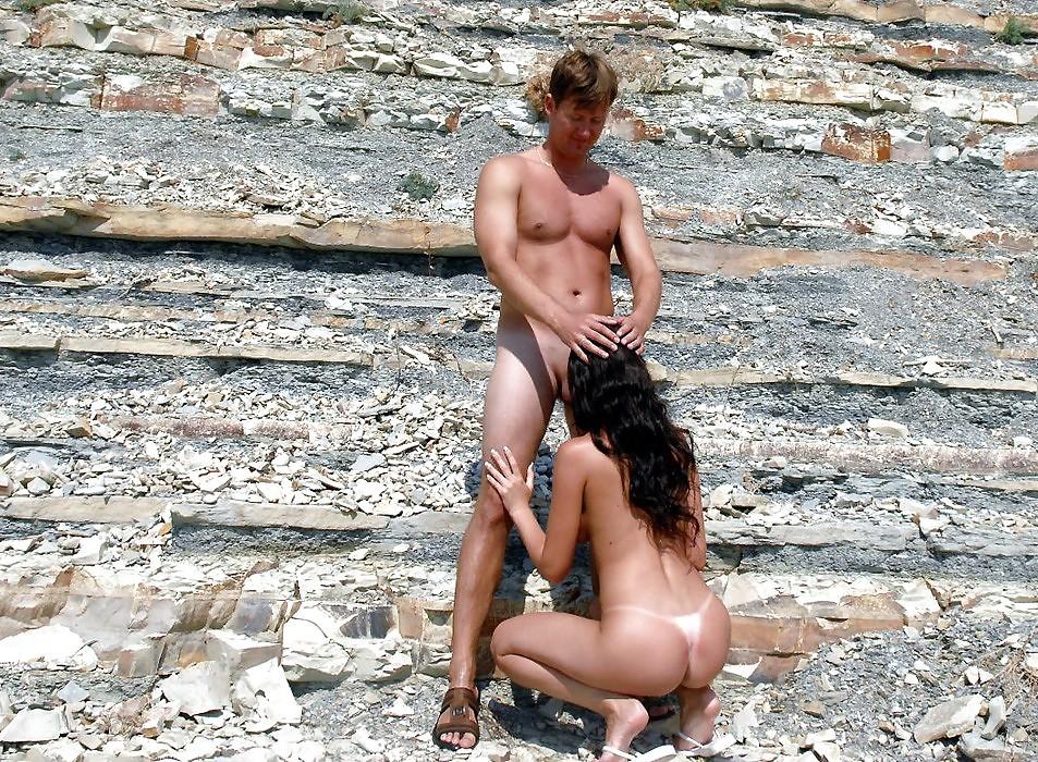 фильм жена делает минет мужу на пляже у всех на виду самых искушенных гурманов