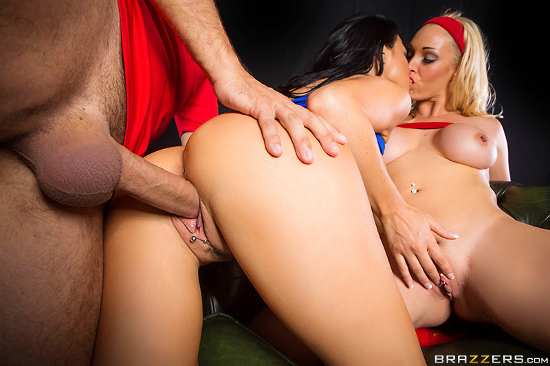 Horny Sluts Jasmine Jae And Courtney Taylor Big Cock Ixxx Com 1