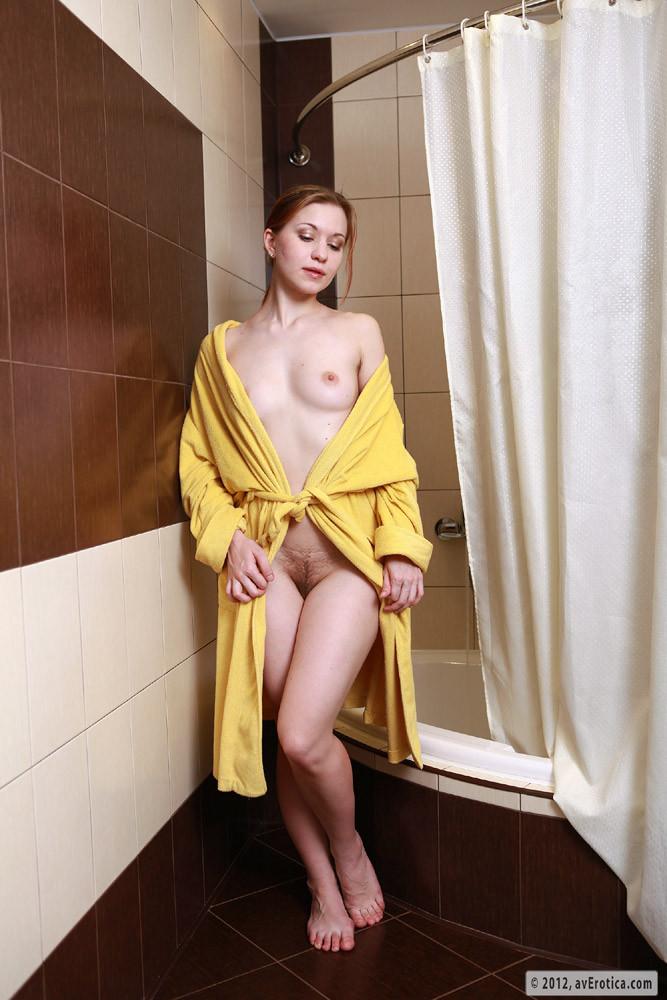 Голые жены в халате — pic 14