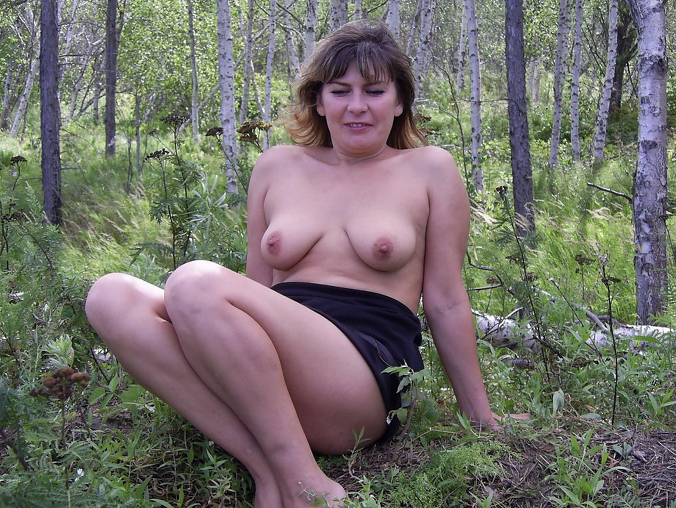 Фото Обнаженных Зрелых Женщин На Природе
