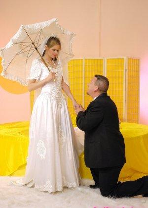 Анал с невестой