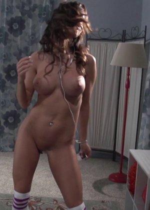 Ashley Sinclair - Галерея 3437657