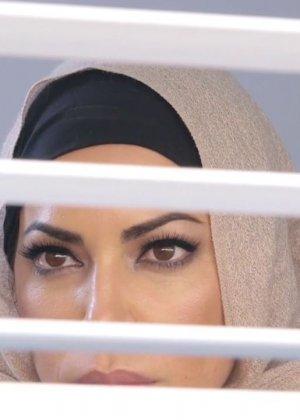 Julianna Vega, Mia Khalifa - Галерея 3437780
