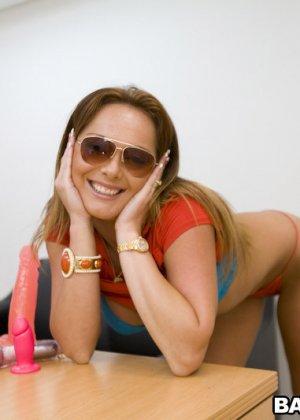 Lindsey Lovehands - Галерея 2514671