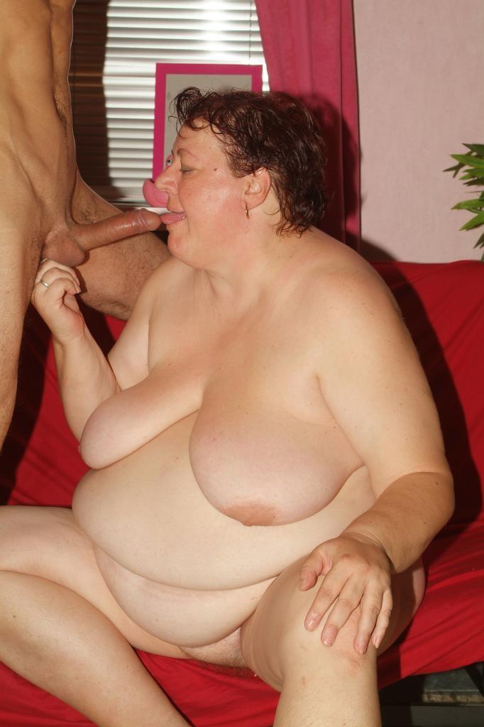 Трахается брюнетка фото старых толстых шлюх ххх трусики порно деми