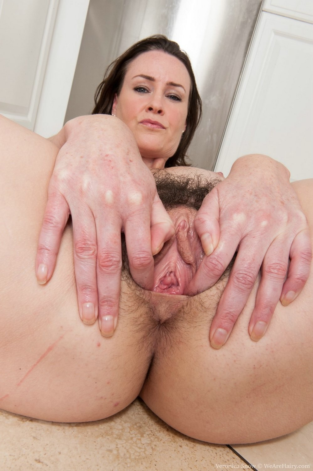 Hairy milf pictures