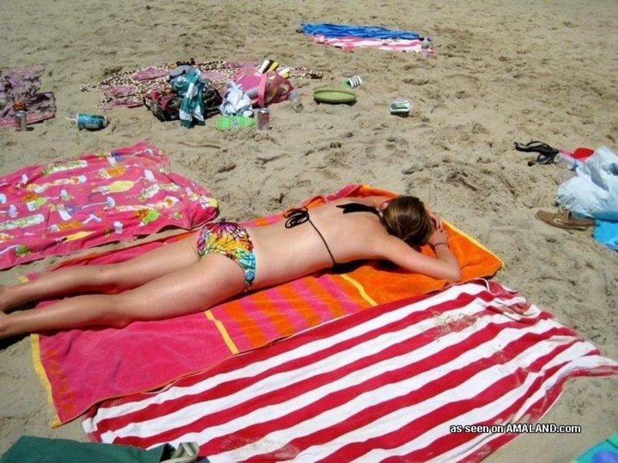 Сексуальные азиатские телки на пляже