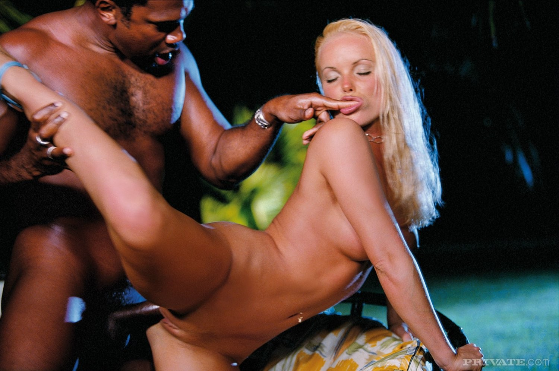 Секс бомба сильвия порно, частное видео секс порно снятое самими