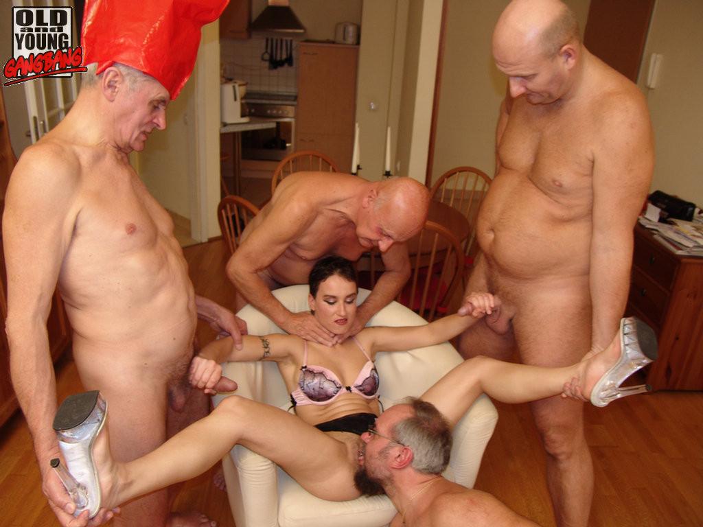 Старые И Молодые Группа Порно
