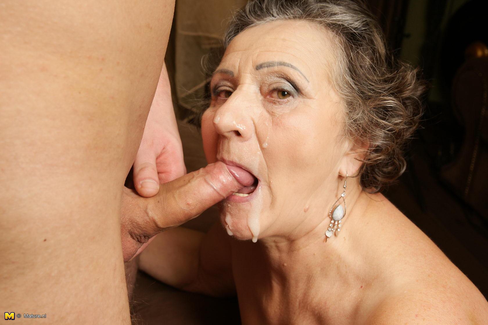 porno-foto-starie-v-rot-porno-lizat-appetitno