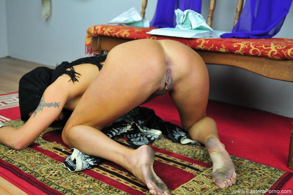 Sexy arabic goddess belly dancing striptease unveiled worship her arab ass sfw