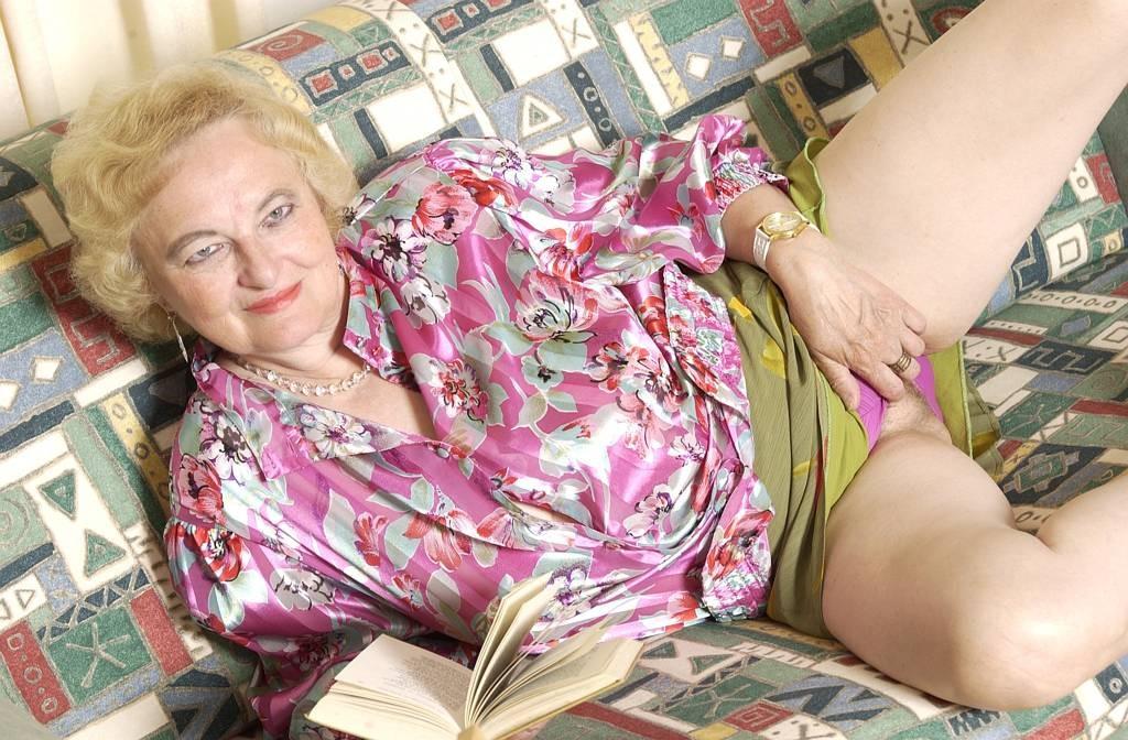 Фото развратных старушек, пьяная жена смотреть ролик