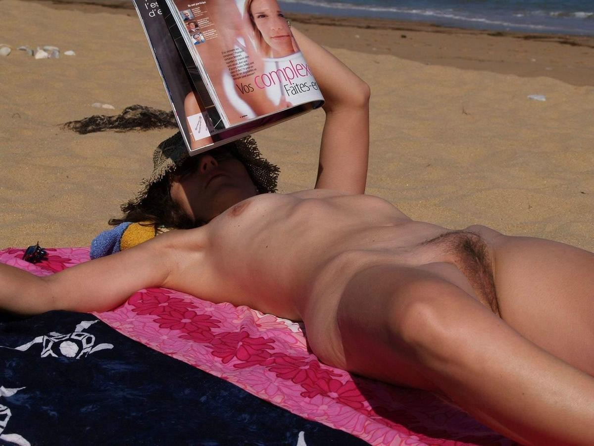 смотреть случайная эротика на пляже любительское видео