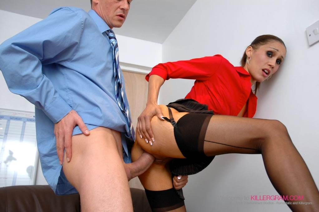 Секс видео на работе в банках — pic 2