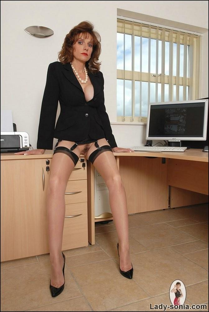 решил порно фото галереи деловые женщины что же