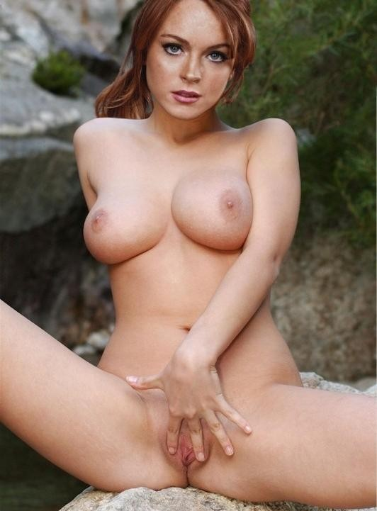 Free lindsey lohan nude pix pics and galleries