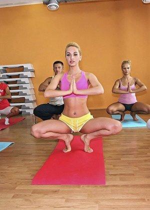 Групповуха после занятий по йоге