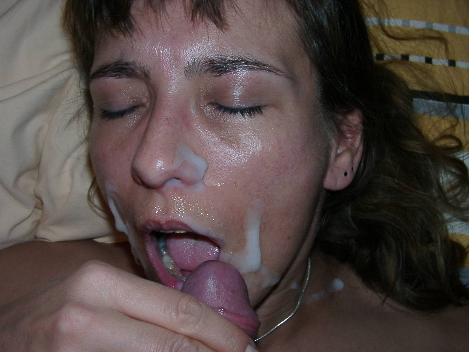 Кончил на лицо ей не нравится, частное фото секса молодоженов