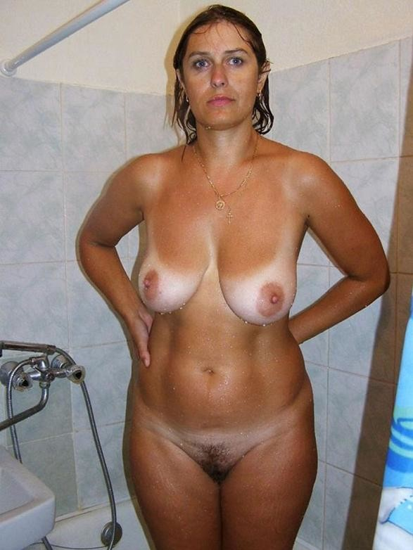 half-naked-mature-girls-real-squirter