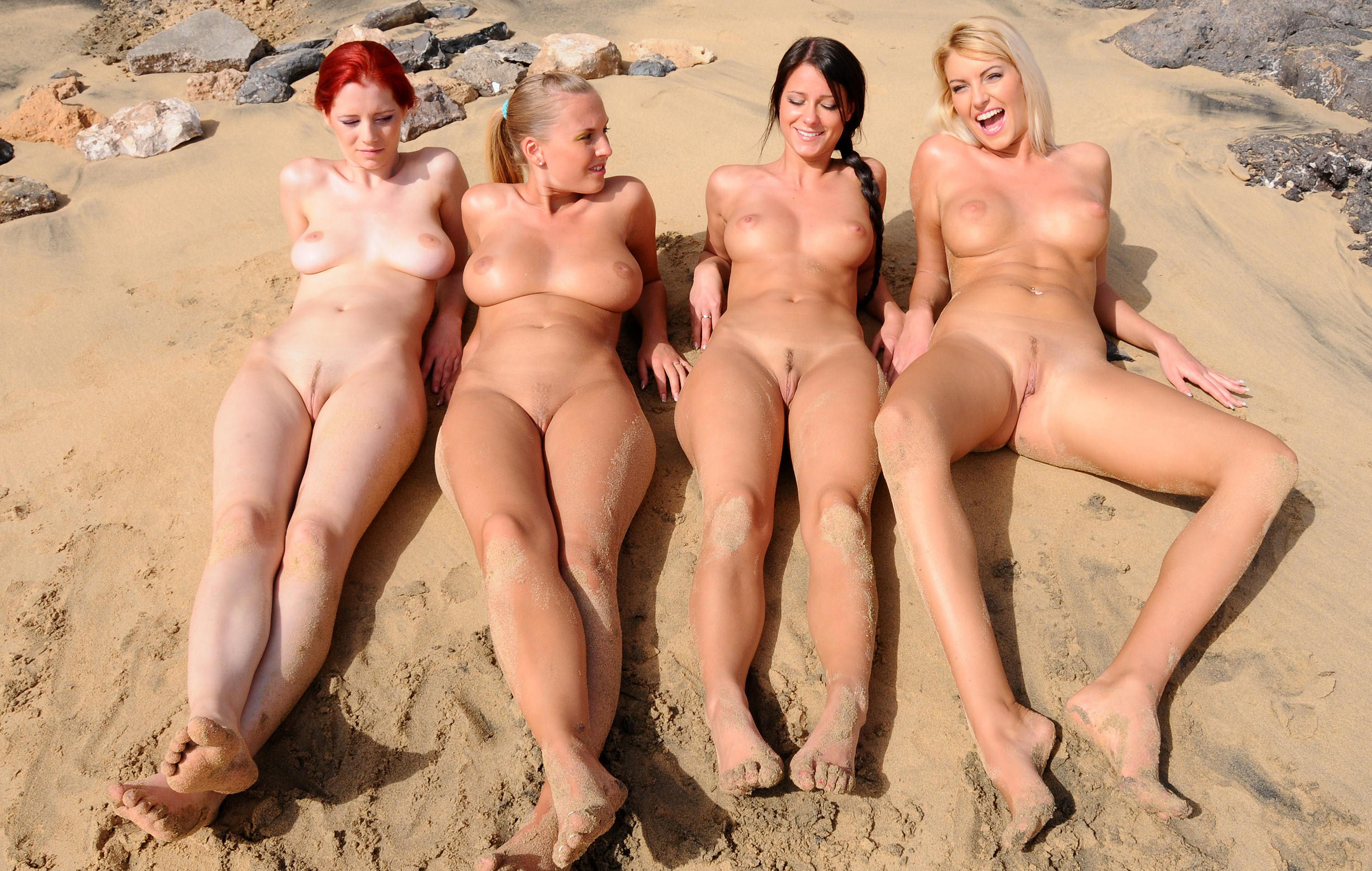 hot-chicks-naked-at-the-beach-even-with-wife