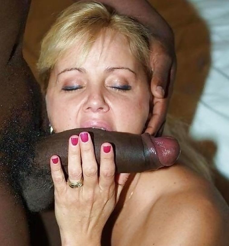 girls-mom-sucking-black-cock-wife