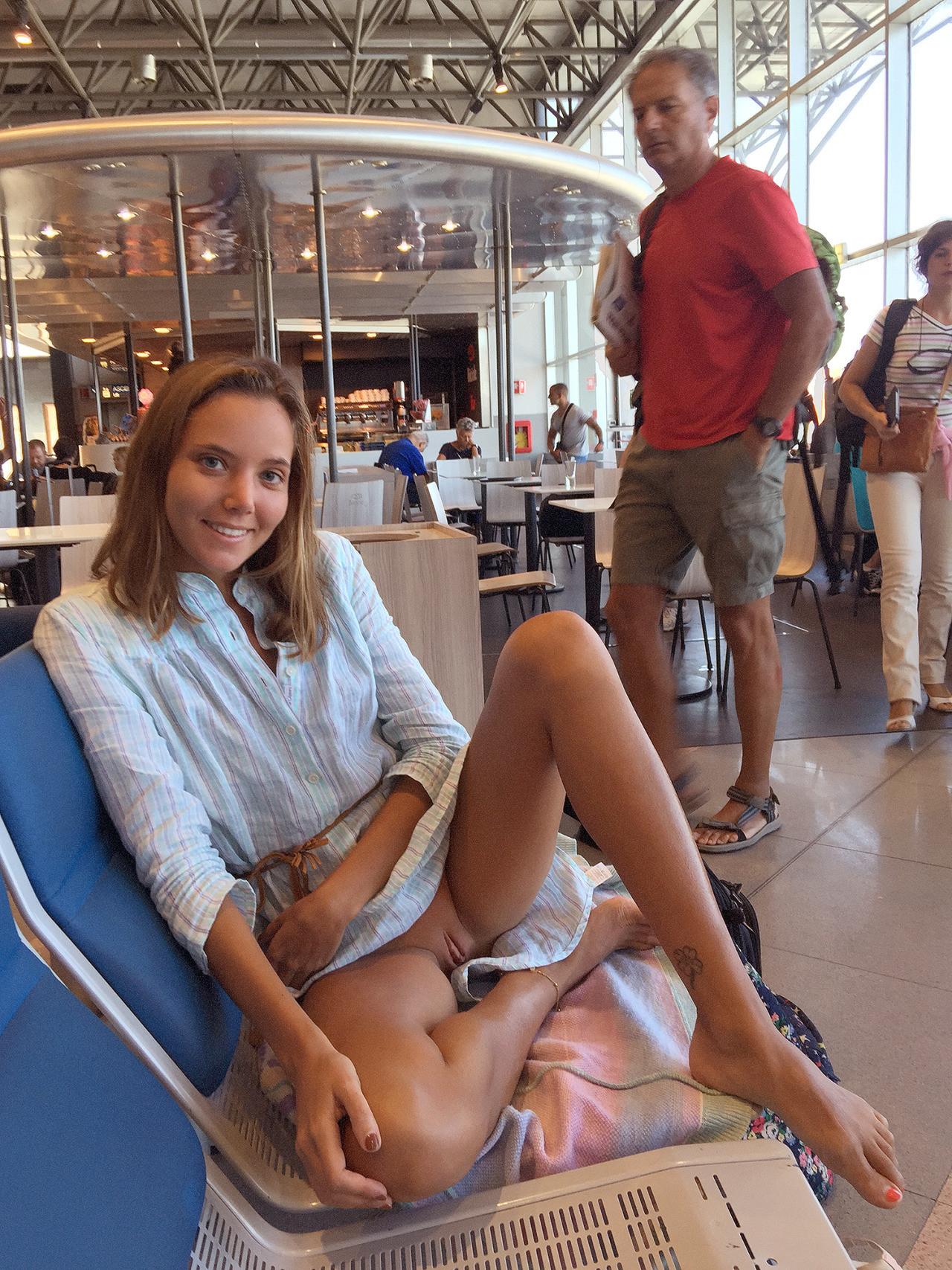 Teen upskirt in public