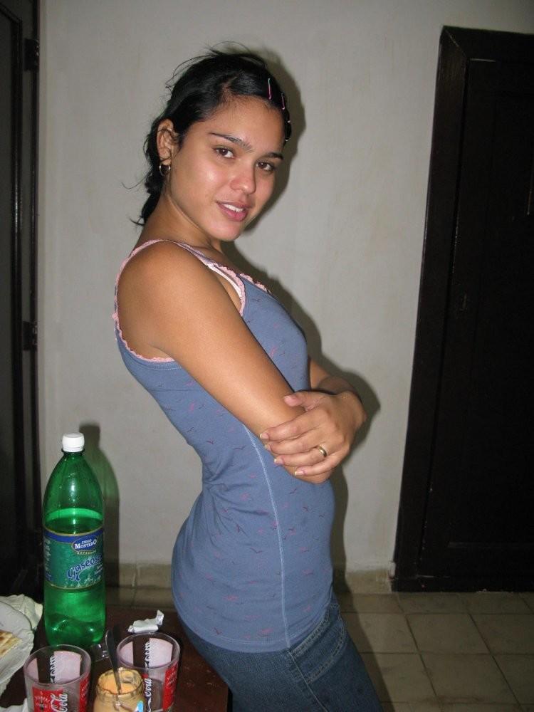 Молодые кубинские лесбиянки