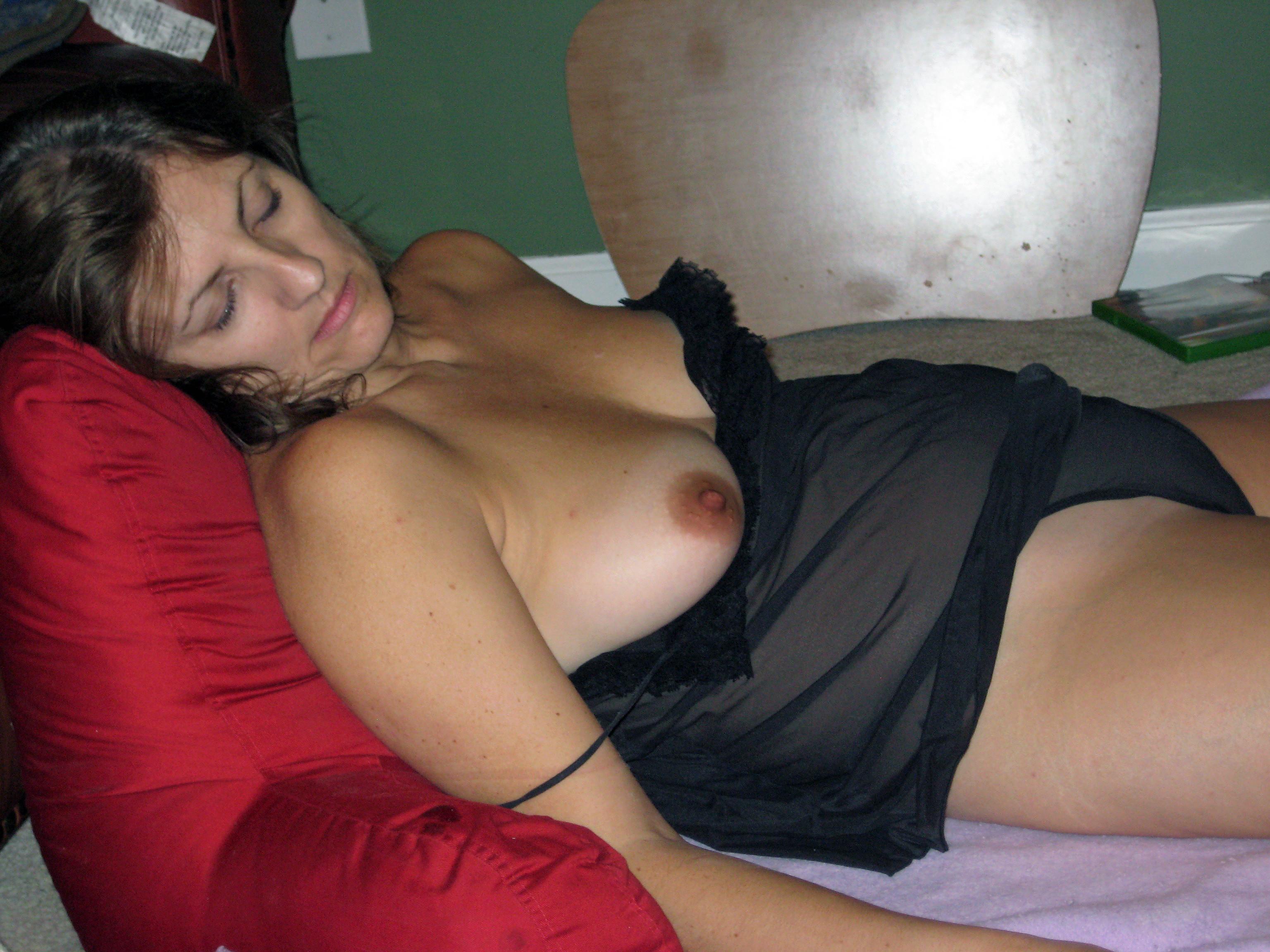huge-tits-mature-nude-sleeping-carmella-bing-armpit-fuck