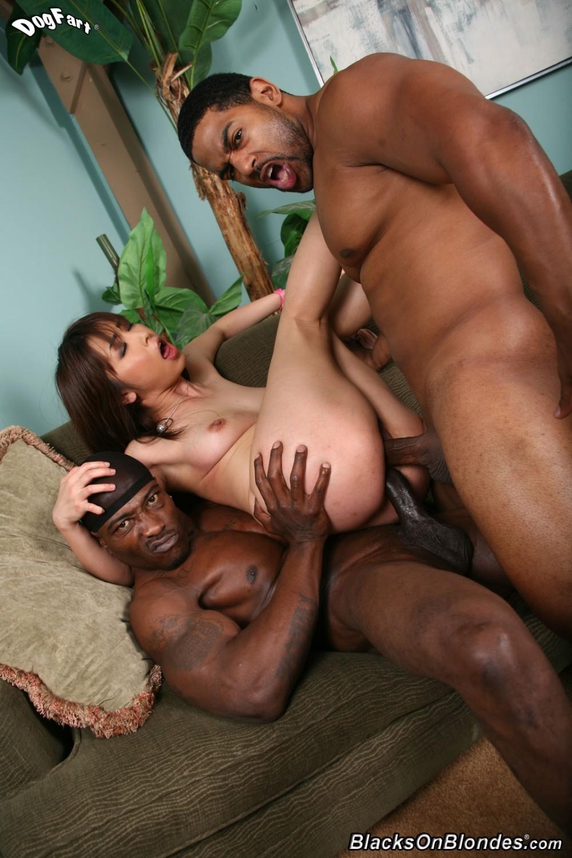Ghetto Loving Threesome Laylared Stretch