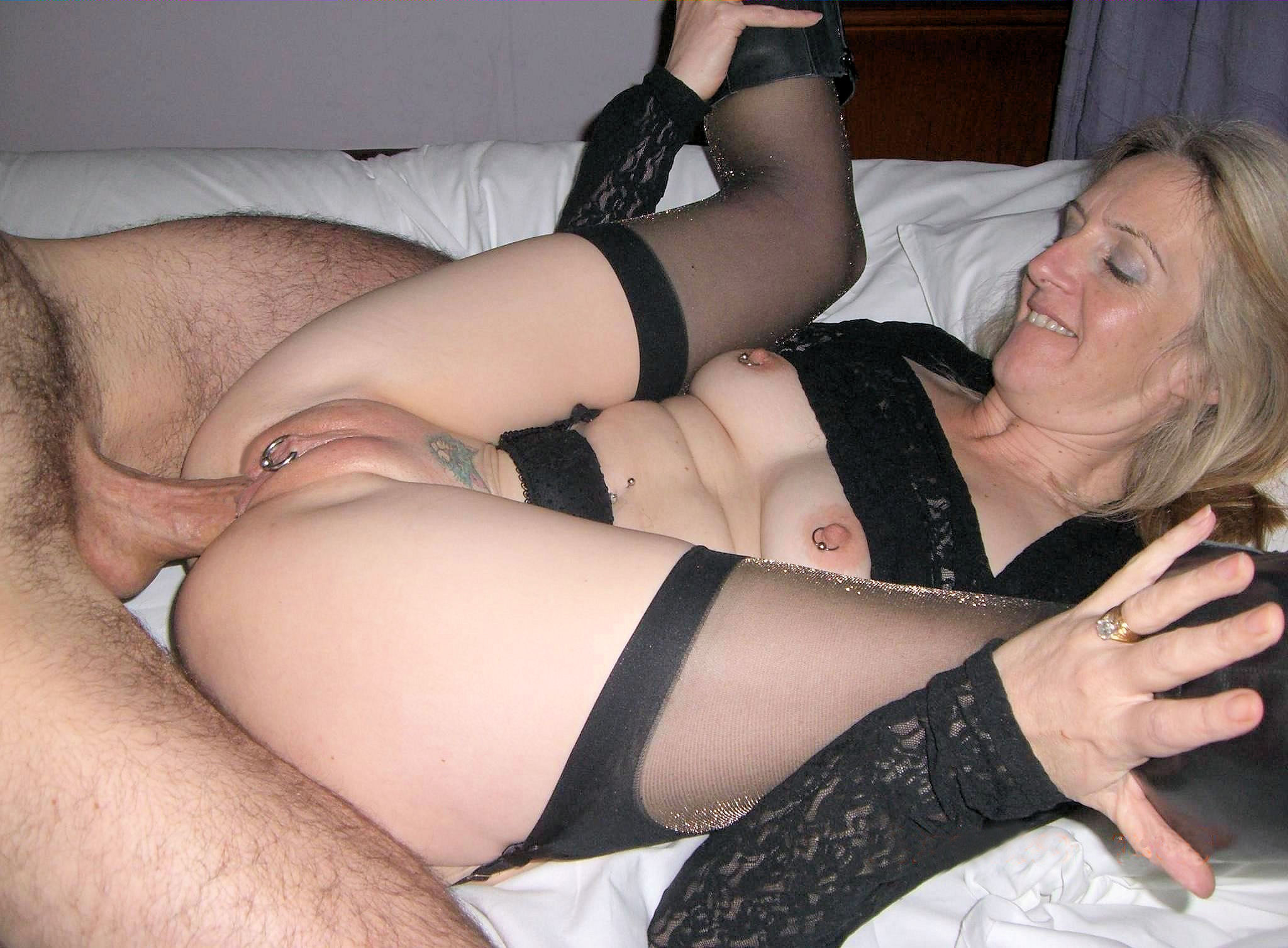 Amateur mature anal video girl spreading legs