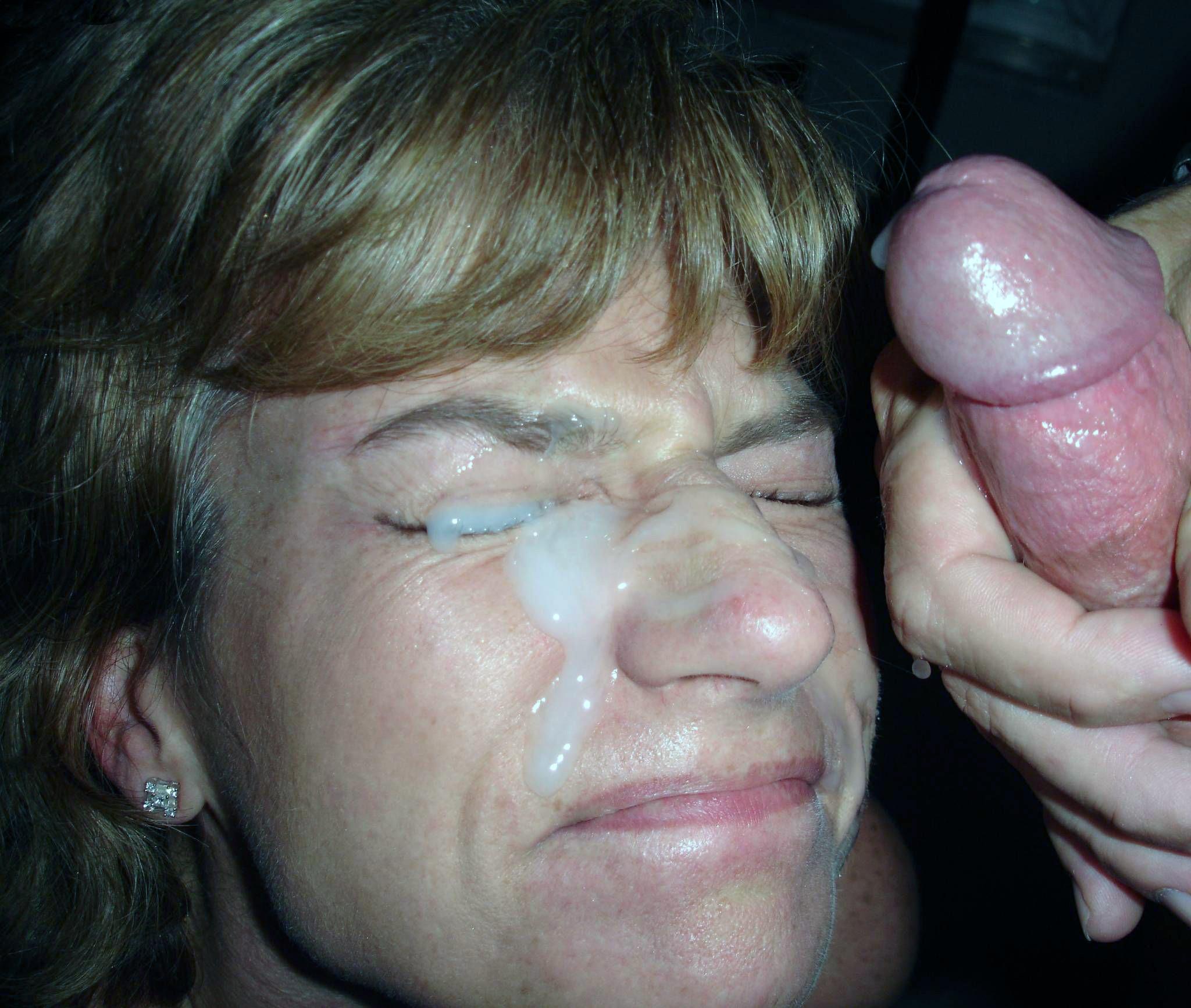 Сперма на лицах жен и подружек - компиляция 5