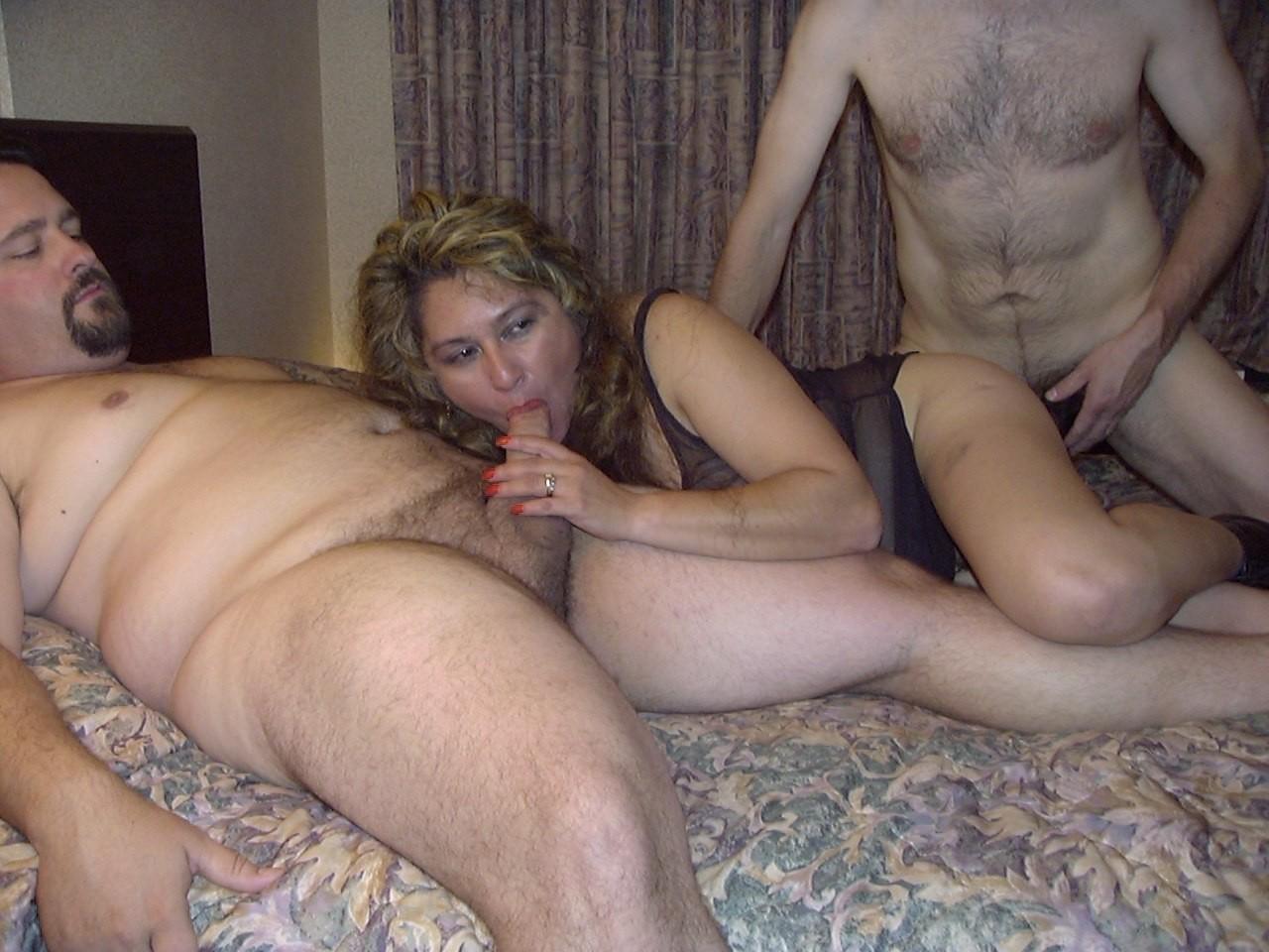 seks-s-russkimi-zamuzhnimi-zhenshinami-video-video-russkiy