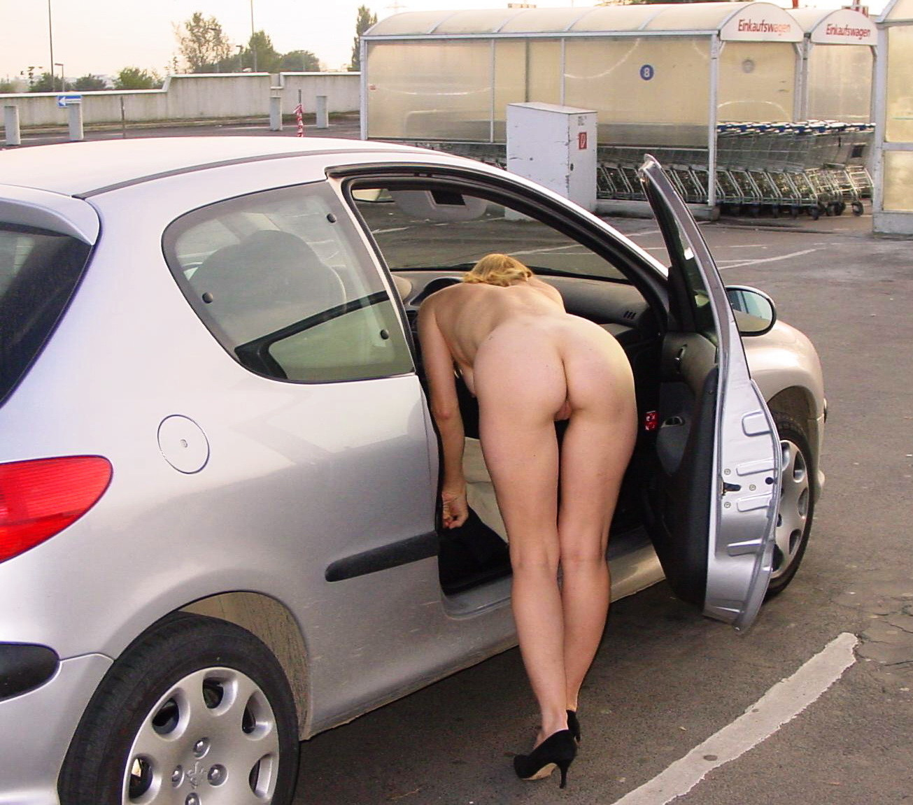 nude-ass-pussy-cars